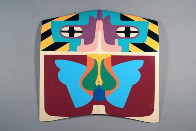Judy Chicago, Flight Hood, 1965/2011; Sprayed automotive lacquer on car hood, 43 x 43 x 4 1/8 in;© Judy Chicago/Artists Rights Society (ARS), New York. Photo Donald Woodman/ARS NY Courtesy Salon 94, New York, and Jessica Silverman Gallery, San Francisco