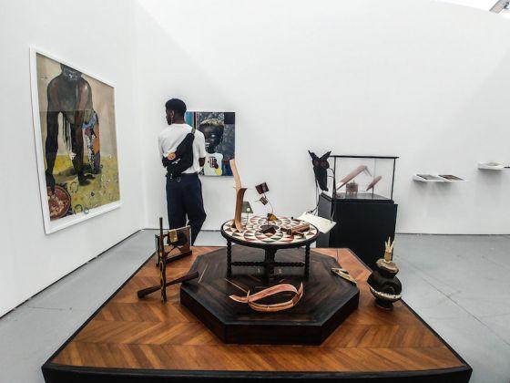Galleria: rosenfeld porcini; opere di Ndidi Emefiele.