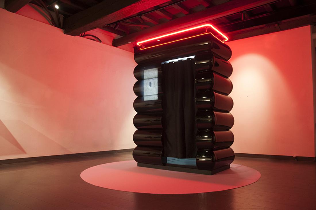 Parasite 2.0, Monolithic Rituals, Daforma Gallery, 2018. Ph Delfino Sisto Legnani
