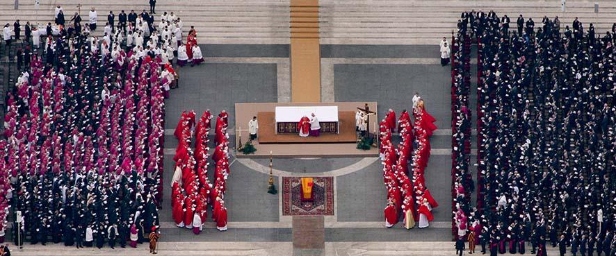 Roma, 2005. Funerali di Giovanni Paolo II; © Massimo Sestini