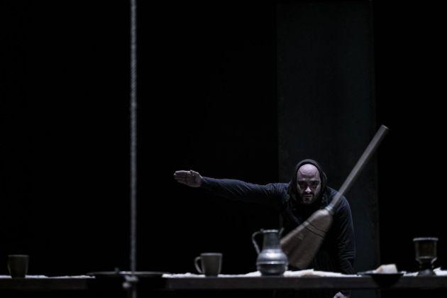 Alessandro Serra, Macbettu. Photo Alessandro Serra