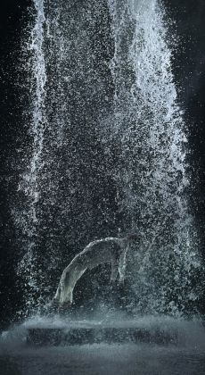 Bill Viola, Tristan's Ascension (The Sound of a Mountain Under a Waterfall), 2005 Courtesy Bill Viola Studio Photo Kira Perov