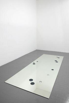 Eva Marisaldi, Altro ieri, 1994. Installation view at Galleria Massimo Minini, Brescia 2011. Courtesy Galleria De' Foscherari, Bologna