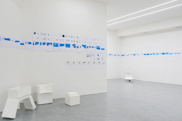 Eva Marisaldi. Surround. Exhibition view at Galleria De' Foscherari, Bologna 2017. Photo Francesco Ribuffo. Courtesy Galleria De' Foscherari, Bologna