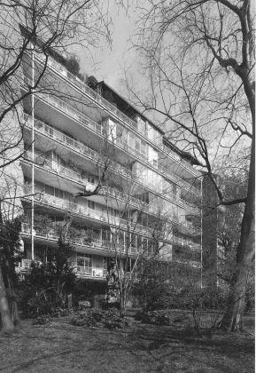 Gardella, Castelli, Menghi, Residenza in via Marchiondi, Milano, 1949-55. Photo © Stefano Topuntoli
