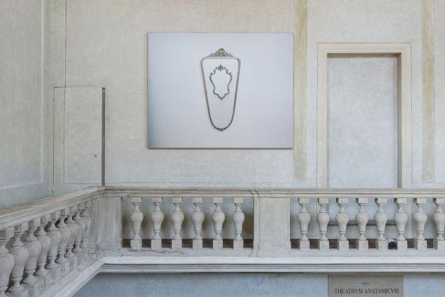 Gare de Moi. Carlo Benvenuto. Exhibition view at Teatro anatomico, Modena 2018. Photo Rolando Paolo Guerzoni