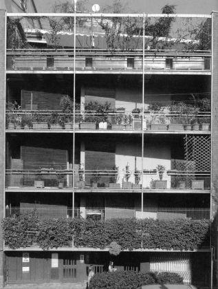 Ghidini, Mozzoni, Residenza in via Corridoni, Milano, 1956-59. Photo © Stefano Topuntoli