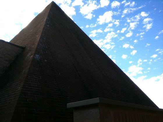 Giardino della Masone. Piramide. Photo Claudia Zanfi
