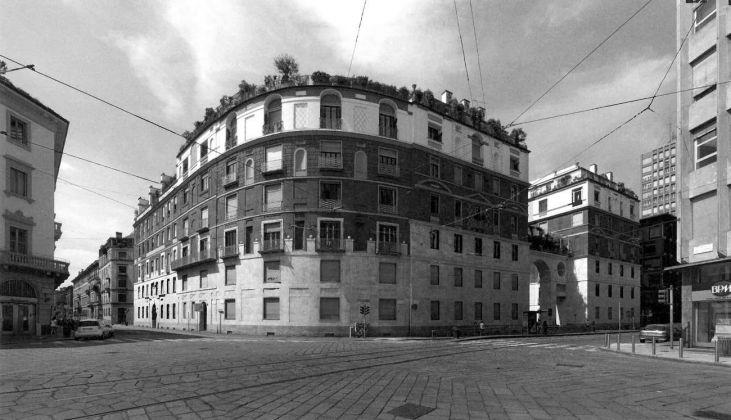 Giovanni Muzio, Ca' Brutta, Milano, 1919-23. Photo © Stefano Topuntoli