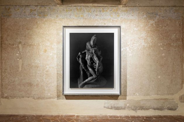 Hiroshi Sugimoto, Pieta, by Michelangelo, 2016. Courtesy Galleria Continua. Photo Ela Bialkowska, OKNO Studio