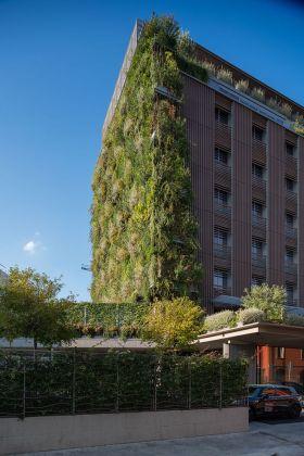 Hotel VIU, Milano, 2015. Photo Alberto Ferrero. Courtesy AG&P greenscape