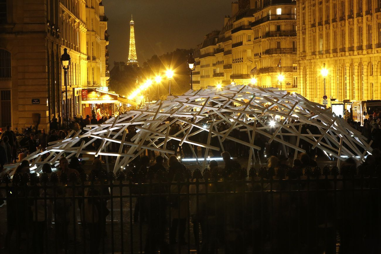 Johann Le Guillerm, Transumante. Photo © Philippe Cibille. Created for Nuit Blanche Paris 2014 edition