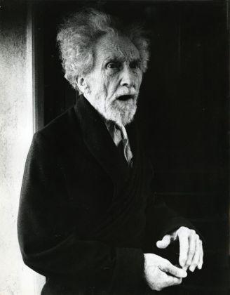 Lisetta Carmi, Ezra Pound, Sant'Ambrogio di Zoagli, 1966 © Lisetta Carmi. Courtesy Martini & Ronchetti