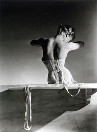 Le foto di Horst P. Horst in mostra da Paci Gallery