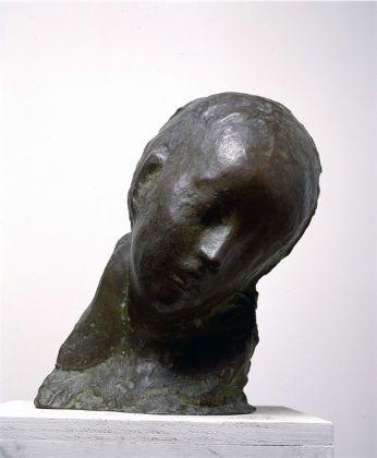 Medardo Rosso, Bambino malato, 1889-93. Courtesy La Galleria Nazionale, Roma