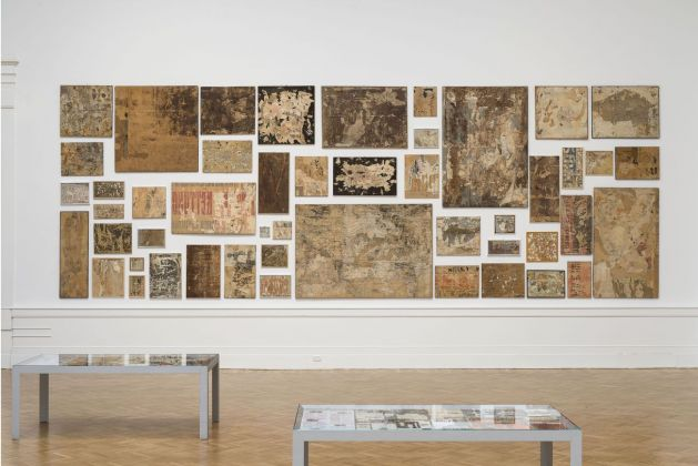 Mimmo Rotella Manifesto. Exhibition view at Galleria Nazionale d'arte Moderna e Contemporanea, Roma 2018. Photo Giorgio Benni. Insieme manifesto dei Retro d'affiches (1953-61)