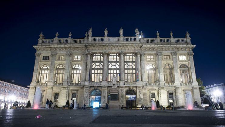 Palazzo Madama notturna Facciata di Filippo Juvarra 1718-21, ph. Giorgio Perottino Archivio Fotografico Fondazione Torino Musei