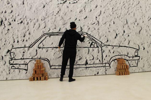 Robin Rhode, Car on Bricks (2009), veduta dell'allestimento al MAXXI, courtesy Fondazione MAXXI