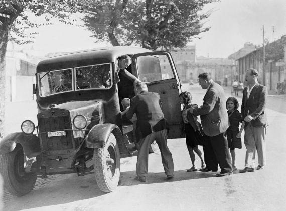 Soccorso ai bambini perduti e sbandati, 1946. Photo Archivio Luce