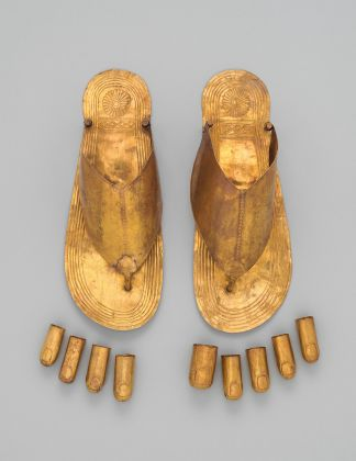 Gold Sandals and Toe Stalls New Kingdom, Dynasty 18, reign of Thutmose III, ca. 1479–1425 B.C. The Metropolitan Museum of Art, Fletcher Fund, 1922