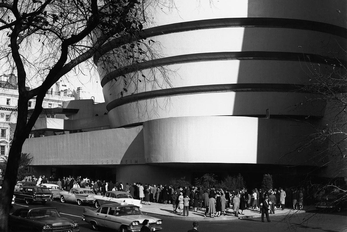 Guggenheim Museum, Photo Robert E, Mates, Courtesy Solomon Guggenheim Museum New York