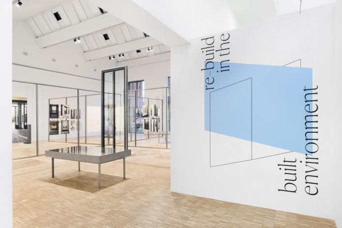 Re-build in the built environment, allestimento di Piovenefabi. Courtesy la Triennale di Milano