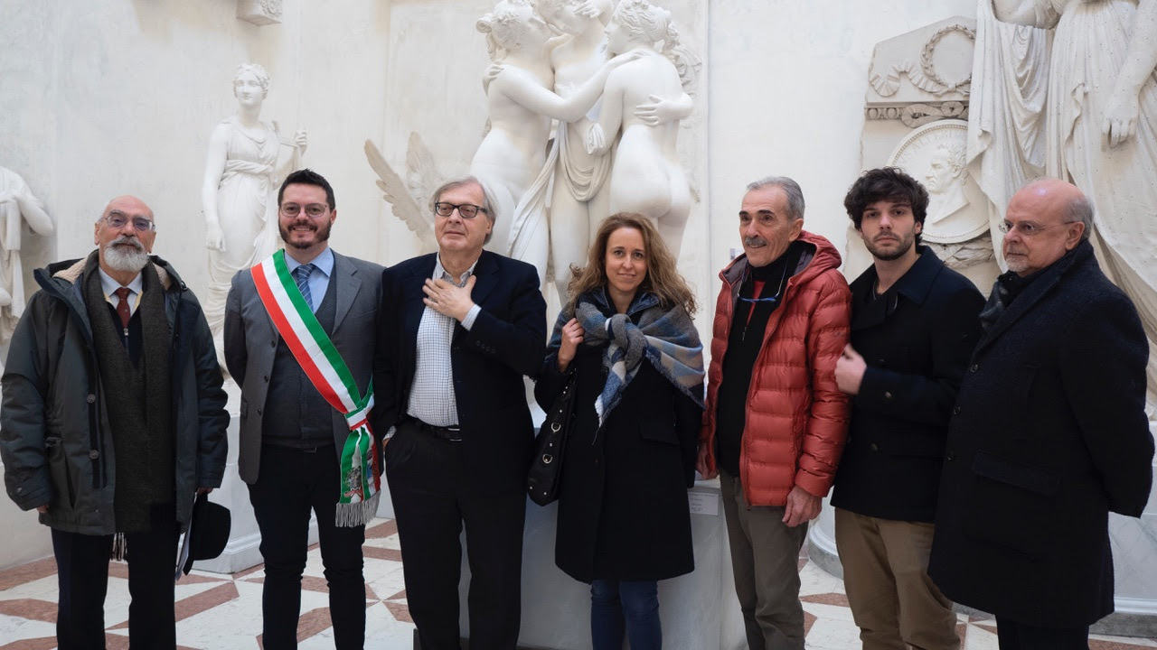 Vittorio Sgarbi con il Consiglio di Amministrazione della Fondazione Canova Possagno