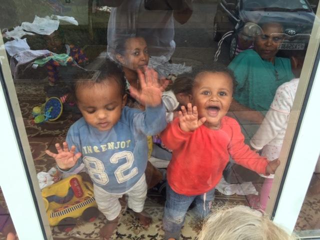 Immagini dagli orfanotrofi che la ONG ha gestito per diversi anni. Courtesy 121Ethiopia