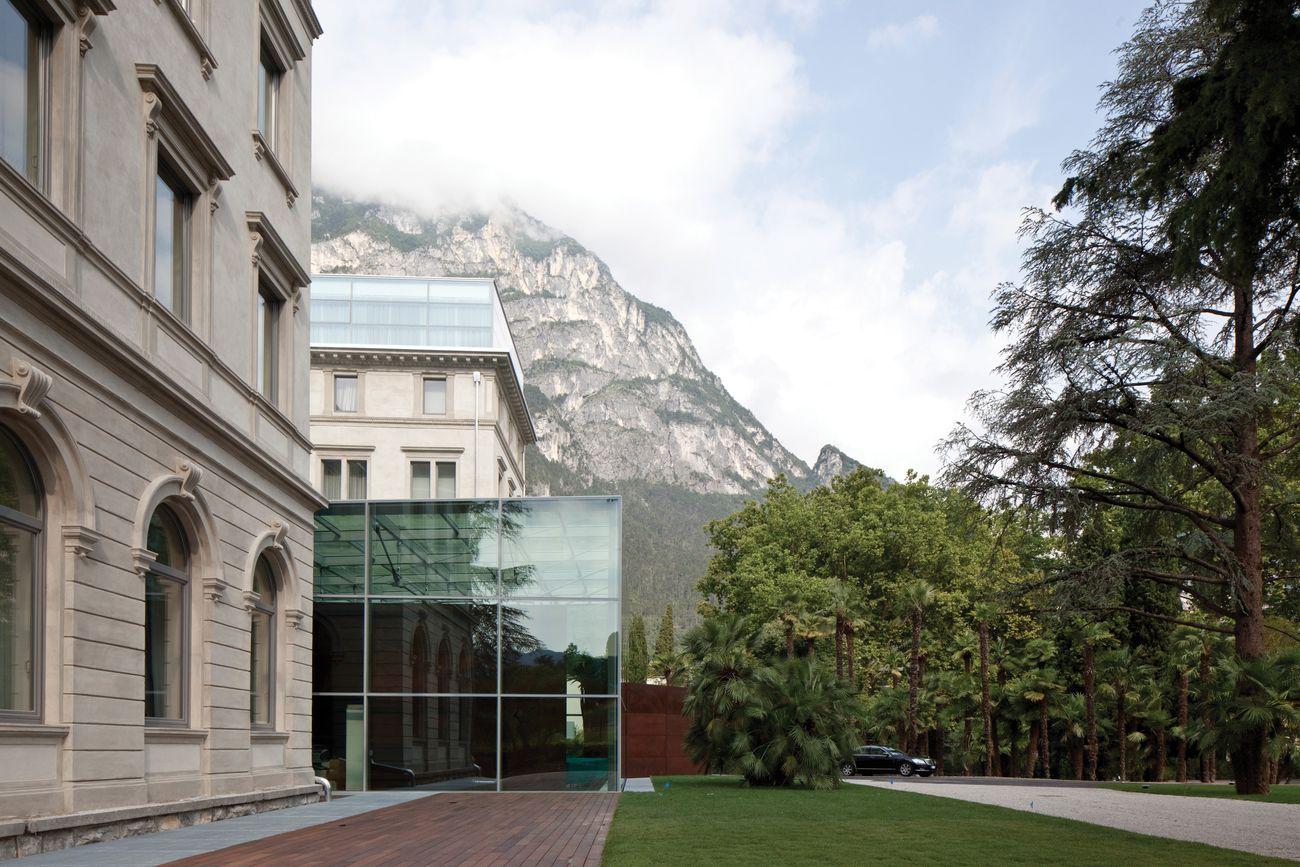 Cecchetto & Associati, Hotel Lido Palace, Riva del Garda, 2011. Photo credits Fulvio Orsenigo