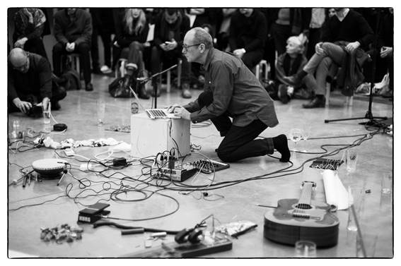 David Toop, courtesy Pirelli HangarBicocca, Milano