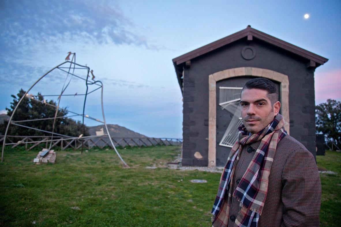 Davide Mariani, direttore del Museo Stazione dell'Arte di Ulassai. Foto di Ettore Loi