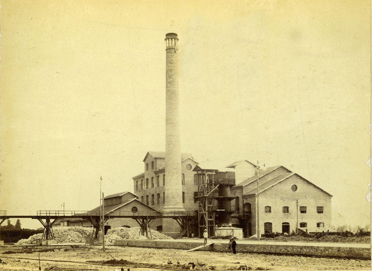 Foto storica dello zuccherificio che ospita Classis a Ravenna