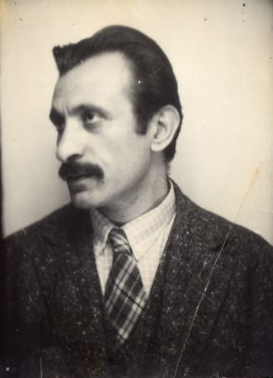 Gorky, late 1920s. Unknown photographer, courtesy The Arshile Gorky Foundation