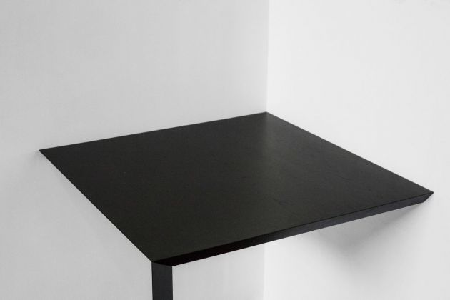 Luca Cipelletti, Corner Table. Courtesy Giustini Stagetti, Roma. Photo Henrik Blomqvist