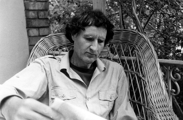 Lucius Burckhardt, Basilea, 1976. Photo Annemarie Burckhardt – Courtesy Quodlibet