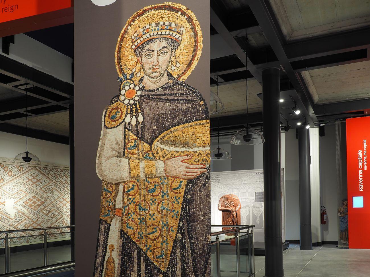 Raffigurazione dell'Imperatore Giustiniano. Classis Ravenna. Museo della Città e del Territorio. Photo credits Tommaso Raffoni – Fondazione RavennAntica