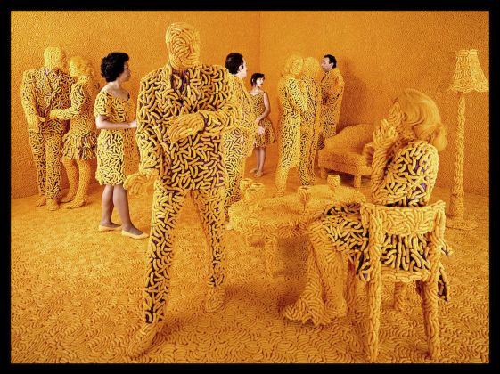 Sandy Skoglund, The Cocktail Party, 1992. Courtesy: Paci contemporary gallery (Brescia – Porto Cervo)