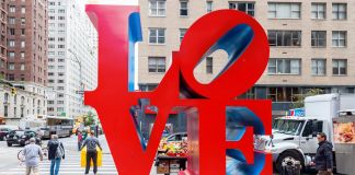 LOVE Robert Indiana courtesy Ufficio Stampa pkcommunication