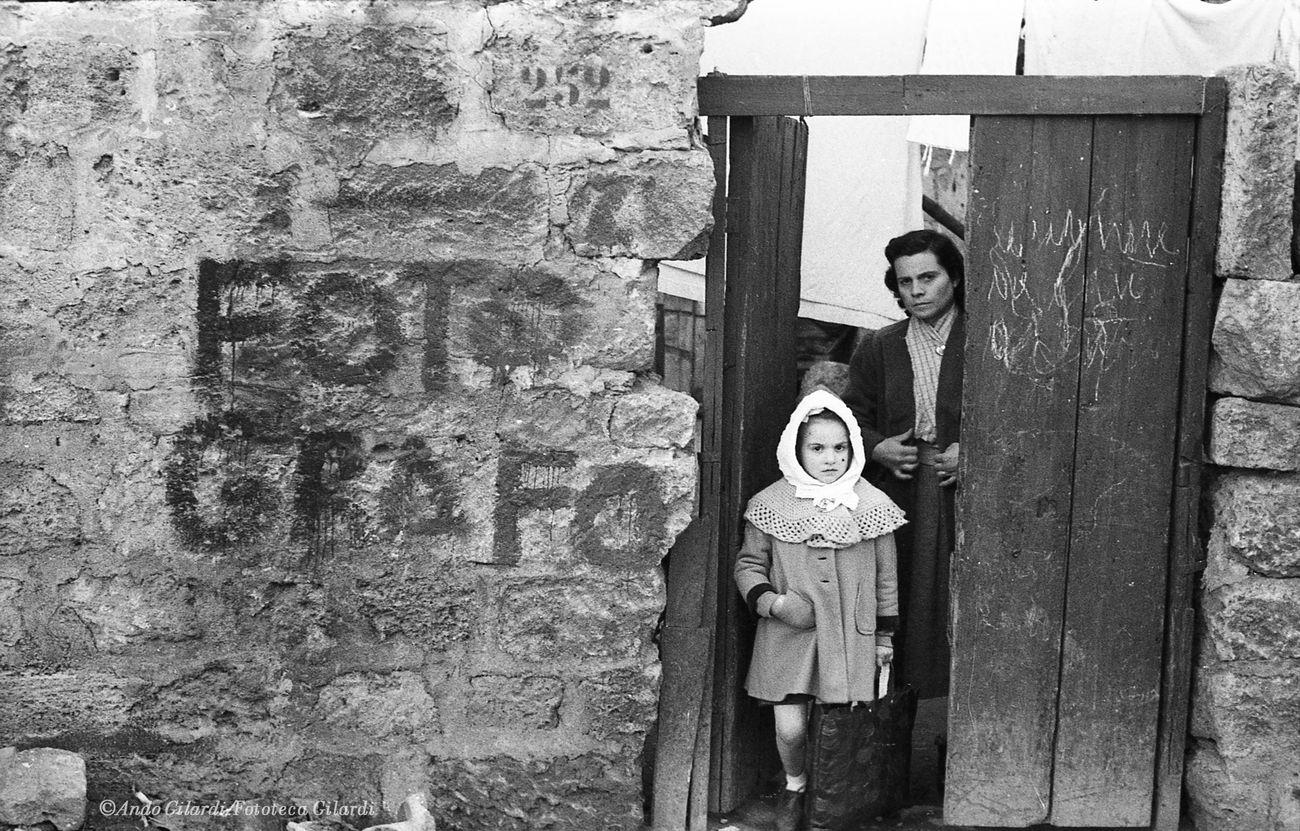 Ando Gilardi, Fotografo, Palermo 1957. Courtesy GAM, Torino