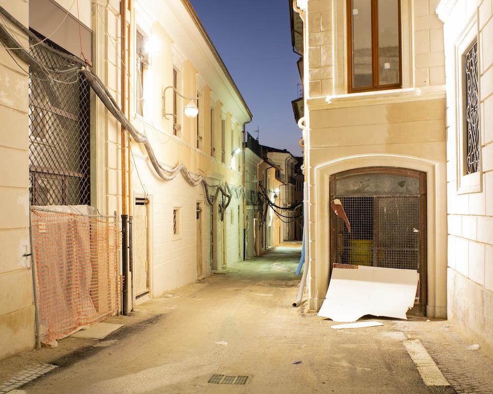 L'Aquila. centro storico, Via tre Marie, ph. Claudio Cerasoli