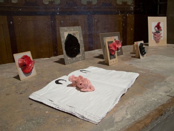 Marcella Vanzo, Taches, 2017, vintage prints + ceramics, installation view at Secreto