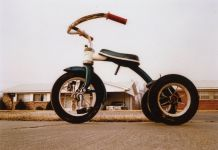 William Eggleston, Untitled, Memphis 1970. Courtesy Eggleston artistic trust & David Zwirner