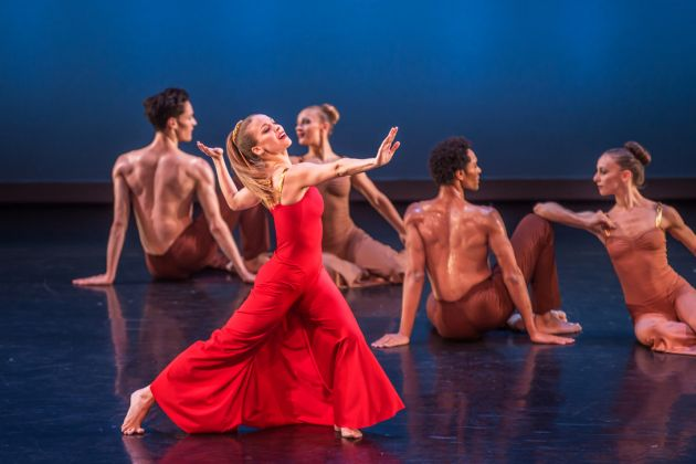 "Anne O'Donnell (soloist) and the Martha Graham Dance Company in Martha Graham's ""Diversion of Angels."" Photo by Brigid Pierce."