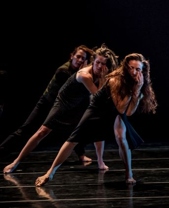 Photo of Martha Graham Dancers in Larry Keigwin's Lamentation Variation by Brigid Pierce