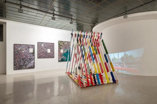 Yves Mettler, Europaplatz (Zelt) & The Mayor's Episodes, ph.Georg Kargl Fine Arts