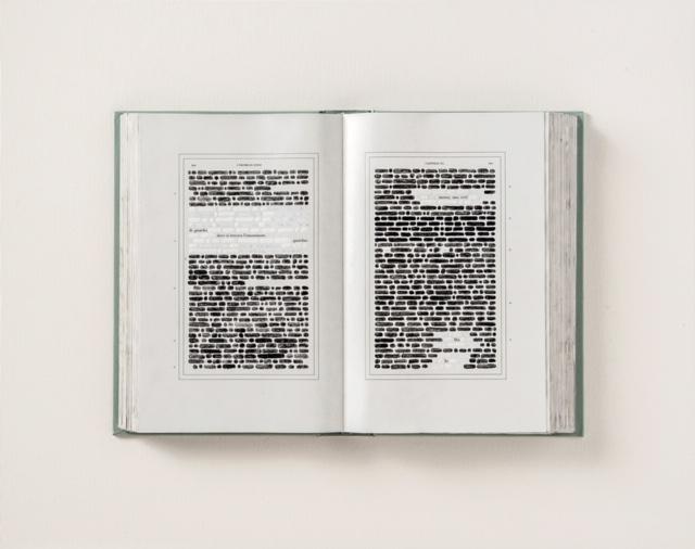 Emilio Isgrò, Io l'innominato, 2016 50x36cm, tecnica mista su libro in box di legno, tela e plexiglass