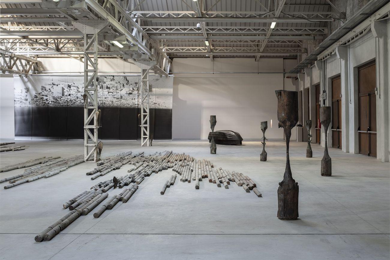Giorgio Andreotta Calò. CITTÀDIMILANO. Exhibition view at Pirelli HangarBicocca, Milano 2019. Courtesy of the artist & Pirelli HangarBicocca. Photo Agostino Osio