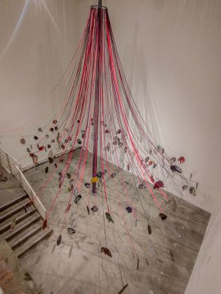Nancy Spero, Maypole. Take No Prisoners, 2007. Installation view at MoMA PS1, New York 2019. Photo Maurita Cardone
