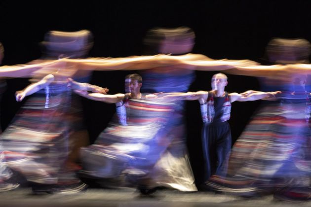 Russell Maliphant, The Thread. Photo Yannis Bournias