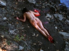 Ana Mendieta (1984 Fellow) Silueta Sangrienta, 1975 Super 8mm transferred to high-definition digital media, color, silent Running time: 1:51 min. Galerie Lelong & Co., New York Image credit: © The Estate of Ana Mendieta Collection LLC. Courtesy of Galerie Lelong & Co., New York